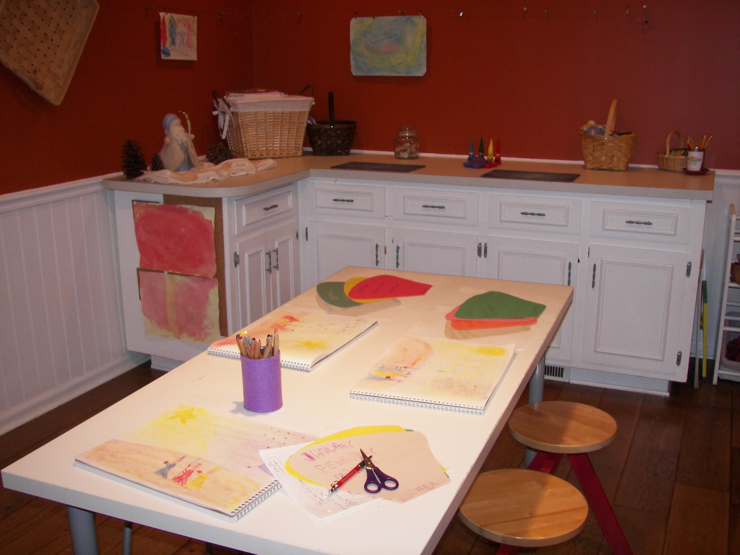 Waldorf homeschooling tips for creating the homeschool room for Waldorf at home